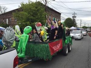 Alien Fest - Green Aliens