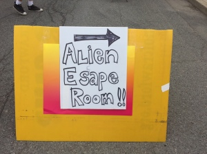 Alien Fest - Mispelled sign