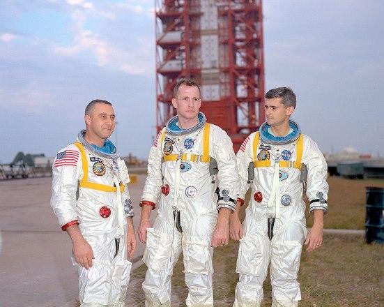 1280px-Apollo1-Crew_01